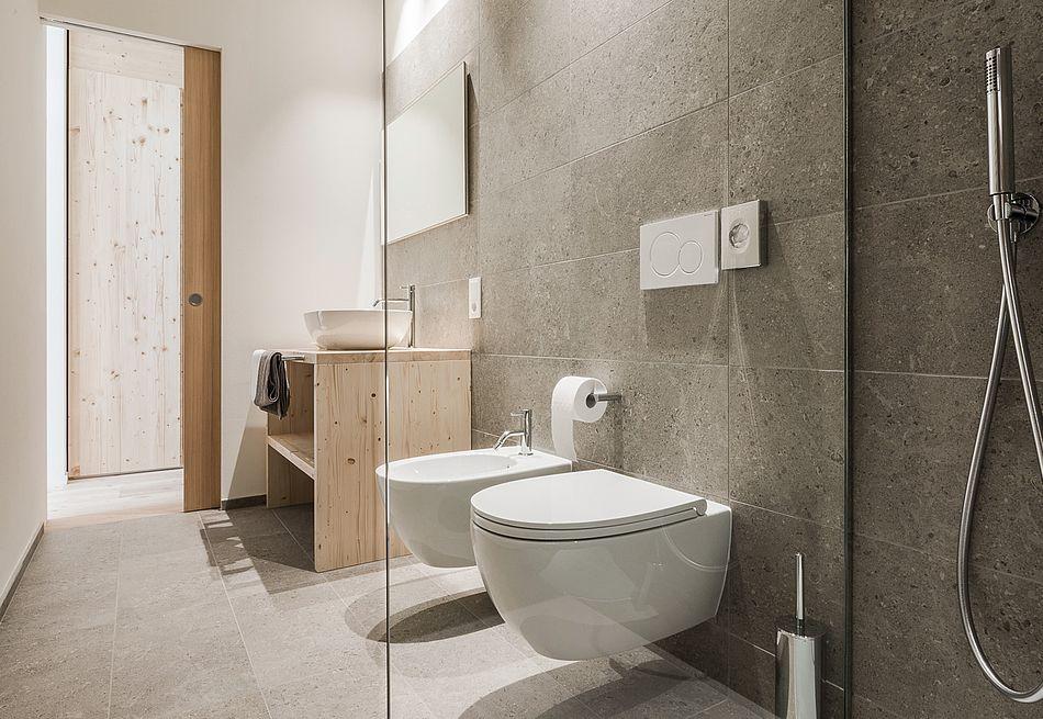 Badezimmer im Gasthof Zimmer