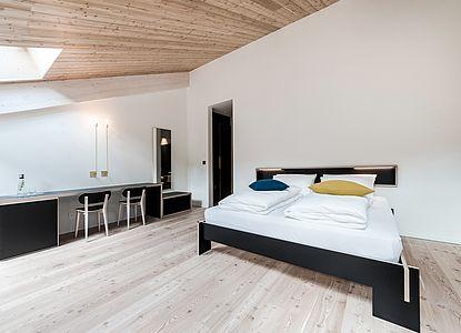 Luc Zimmer - Geräumige Zimmer mit Aussicht