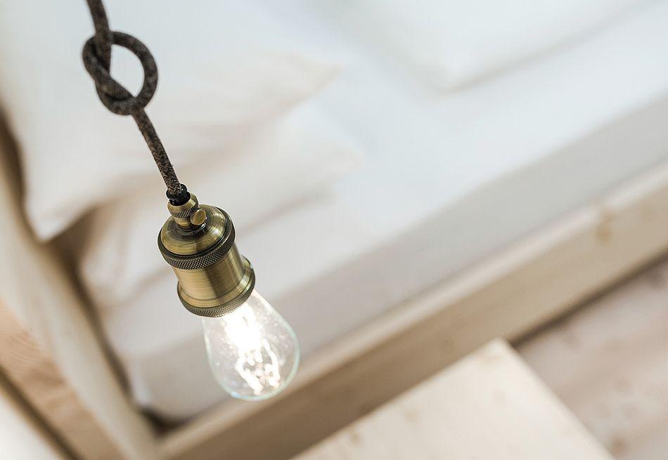 Gasthof Zimmer mit nostalgischen Lampen