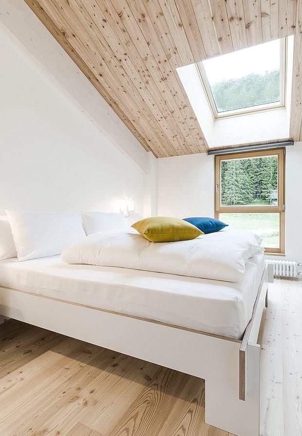 neue konfortable Zimmer mit Aussicht auf den Luc